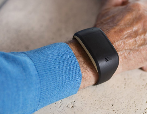 Zembro Plus, la nouvelle alarme personnelle connectée pour les patients atteints de troubles cognitifs