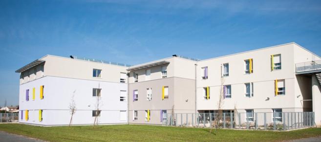 Inauguration d'une maison de retraite médicalisée pour personnes âgées dépendantes à Frontenay-Rohan-Rohan (Aquitaine-Limousin-Poitou-Charentes)