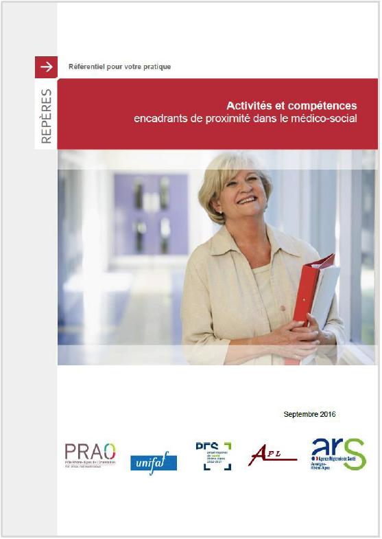 Professionnels du médico-social : publication de deux référentiels d'activités et de compétences